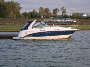 Катер Chaparral Signature 290
