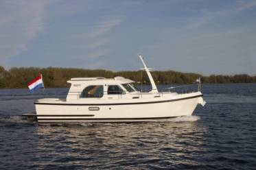 Linssen Grand Sturdy 30.9 AC Brilliant Edition