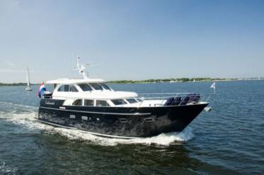 Яхта Continental I 15.00 Wheelhouse